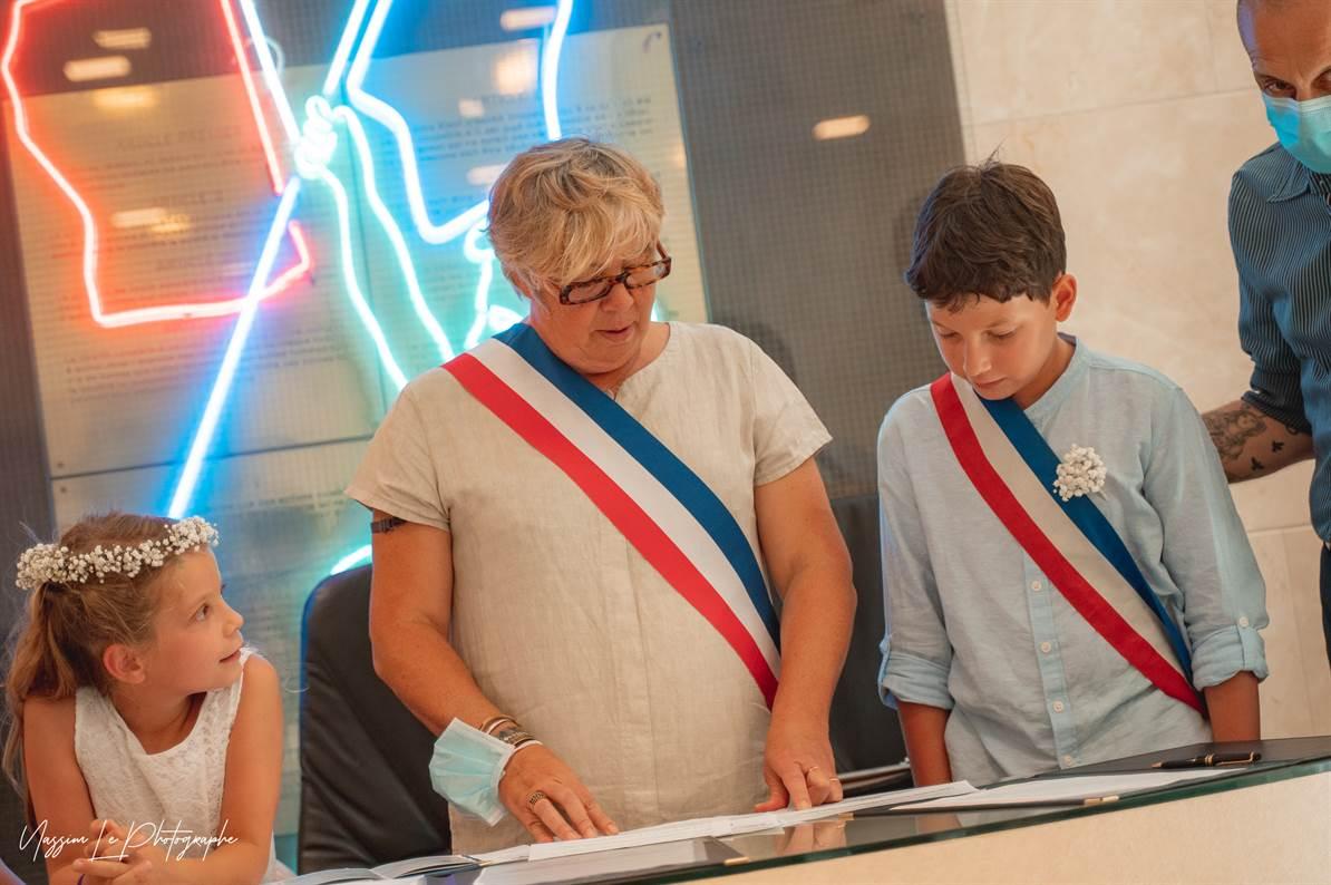 Mariage Amandine & Pierre-Malik : Mairie 22