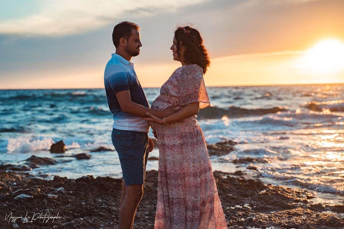 Une séance photo de famille/grossesse sur la plage 2