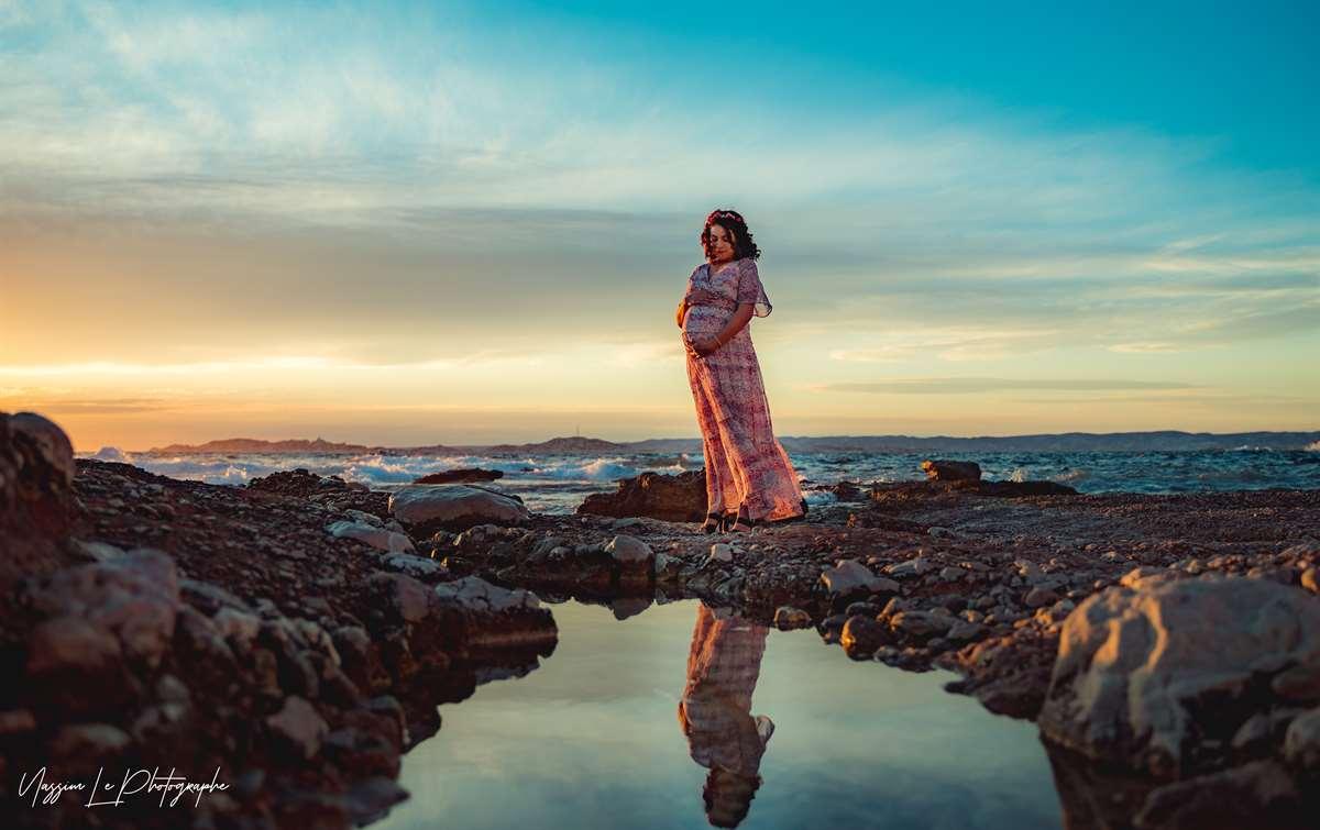 Une séance photo de famille/grossesse sur la plage 9