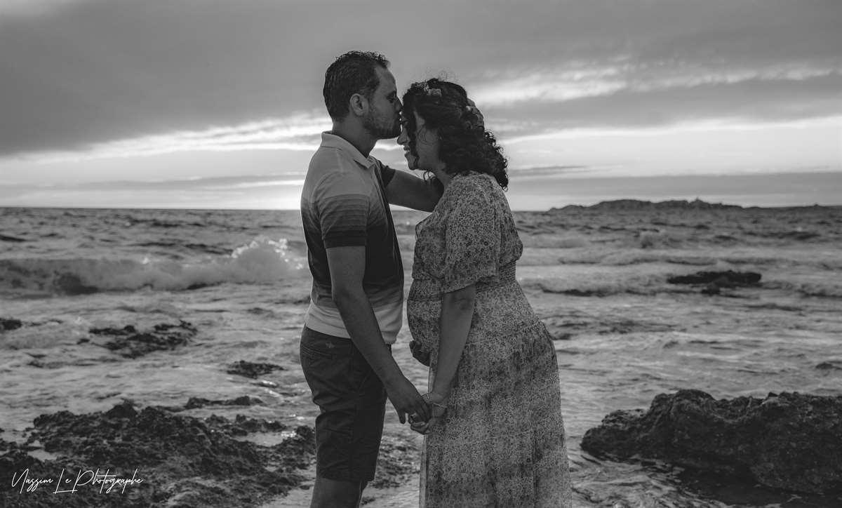 Une séance photo de famille/grossesse sur la plage 29
